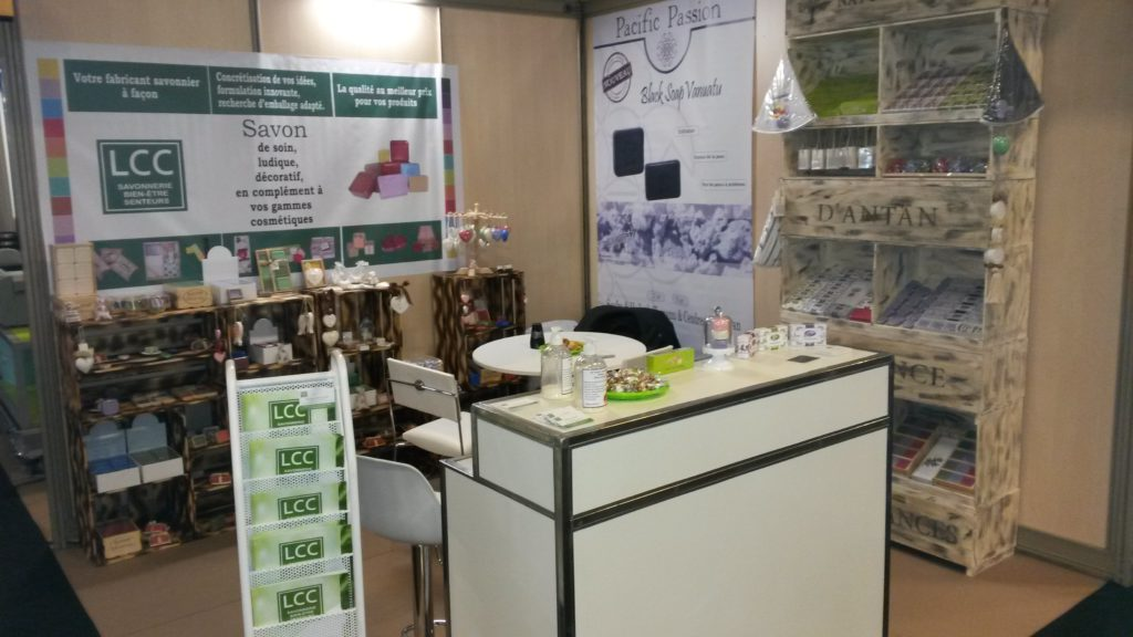 Stand Made(1)